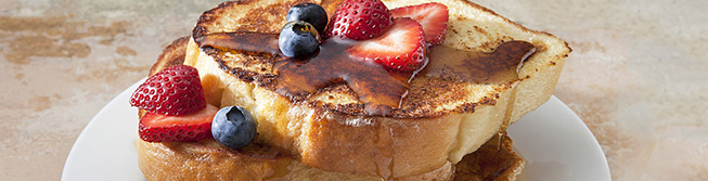 French toast with berries and syrup
